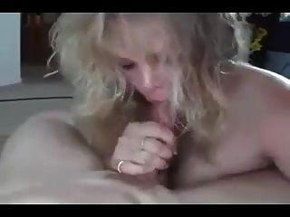Sperma im Mund comp