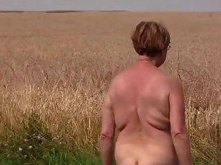 reife nackt außerhalb