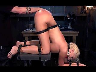 Meister do Orgasmus Kontrolle über Sklavin