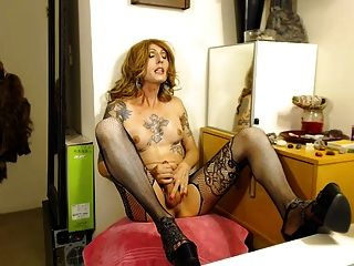 something about being Milf Babe Bilder person has good
