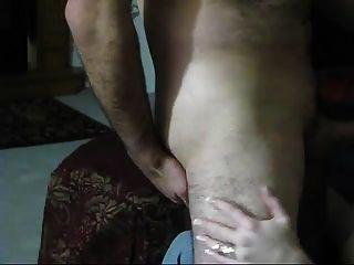 vollbusig reifen mit blau Jean Sex mit Mann