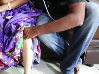 Satin Seide Sari Tante Romanze mit Arzt