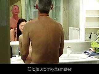 bella diamond hot Teen Freundin betrogen mit meinem Vater