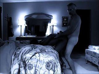 alter Mann fickt schwarze Prostituierte