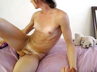 tgirl anal dildo cam