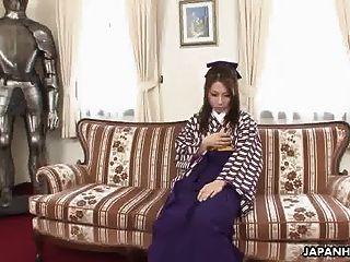 asiatische Babe bekommen ihre nasse Pussy aus echt hart gegessen