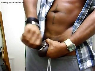 schwarze Papa Busts eine Nuss (wichsen \u0026 cum)