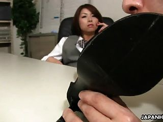 asiatische Büro Dame Tsubaki bekommen Sex von ihrem Chef