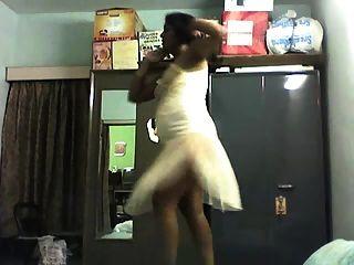 indische Bhabhi tanzen und masturbieren