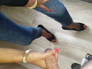 Sperma in High Heels