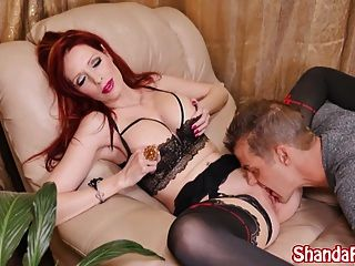 Shanda Fay hat ihren Weg macht Sie essen ihre Muschi \u0026 Ihre Sperma!
