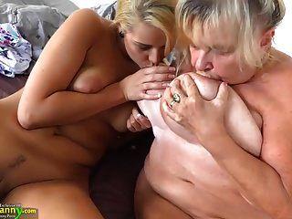 oldnanny jugendlich Mädchen und ihre großen Brüste und nasse Pussy