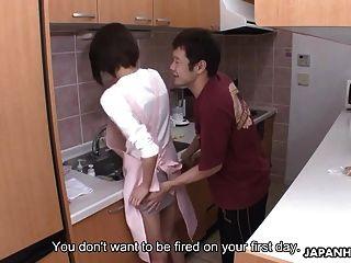 Dienstmädchen wird vom Hausbesitzer gefickt