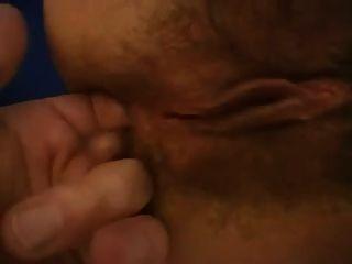 erstaunliche haarige Brünette in tan Strumpfhosen