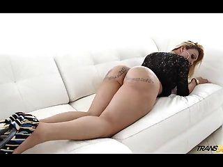 wunderschöne Schönheit Bretagne Sophia mit erstaunlichen Arsch