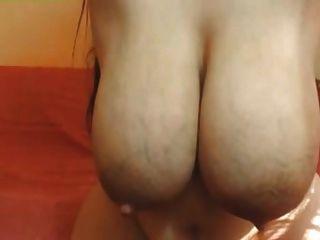 atemberaubende Brüste