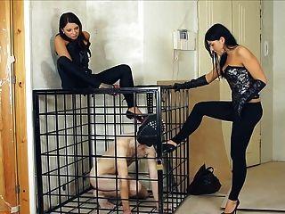 russische Femdom Demütigung und Ausbildung Sklave