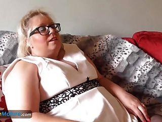 europemature große schöne Frau lexie solo