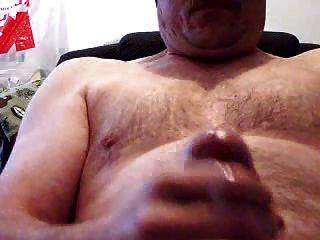 Papa Bär wichsen und essen cum