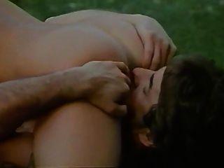 szene von le dechainee (1986) mit marylin jess