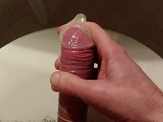 Sperma im Kondom