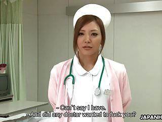 atemberaubende japanische krankenschwester wird creampied, nachdem sie ungefähr p