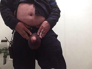mit meinen großen Bällen bei der Arbeit zu spielen