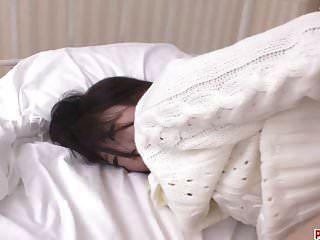 arisa nakano enge rasierte muschi durchgefickt