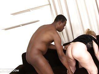 oma porn alte frau nimmt ins gesicht gespritzt wird gefickt