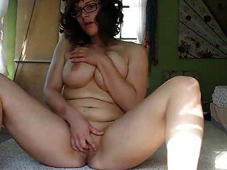 meine sekretärin masturbiert zum ersten mal in cam