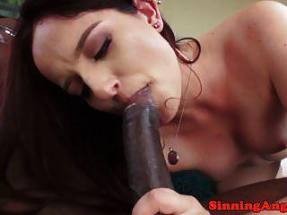 anal liebende mieze schlug von einem dicken schwarzen stachel