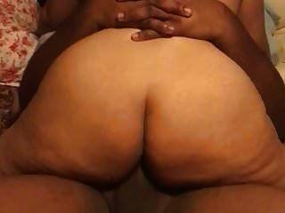 das ist mein junger karibischer Bulle mit einem großen Schwanz !!!