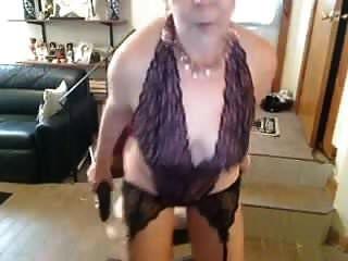 alte masturbiert Oma