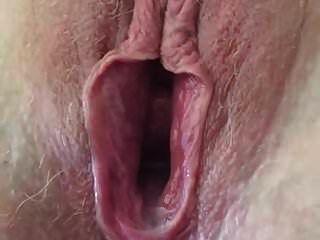 heiße sperma-creampie in leckerer muschi