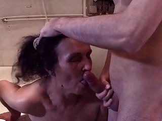 Putzfrau geil gefickt