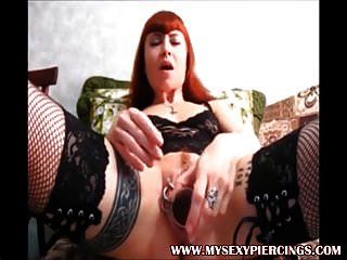 Meine sexy Piercings heißen tätowierten und durchbohrten Babes Bodymod