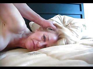 50 jährige Blondine macht anal