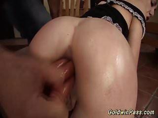 Extrem isabella Clark tief anal gefistet