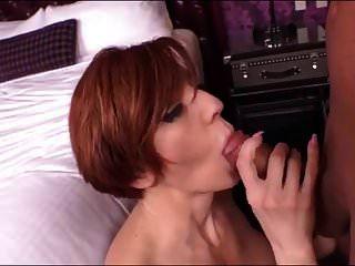 sexy latina rote kopf milf beim sex im haus!