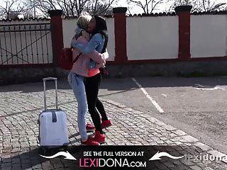 lexi dona und gina gerson spielen nackt in einem fahrenden auto