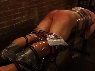 intensiver Prügel für Sklaven