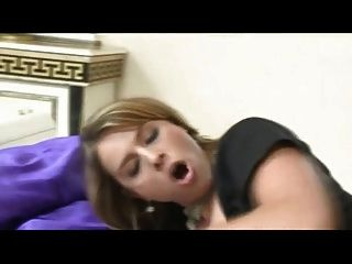 Titten porno schuss Große latina Babe