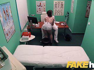 gefälschte Krankenhaus schmutzige docs großen Schwanz liebt Patienten enge Muschi