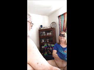 leckere Pmpkins auf weißen Schwänzen das Interview Teil 2
