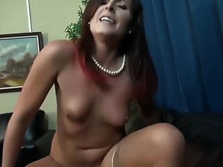 sexy behaarte milf