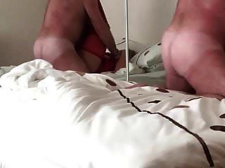 Linda Li Kinky Boots und roter Latex