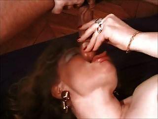 Oma anal dünne Dünne Oma