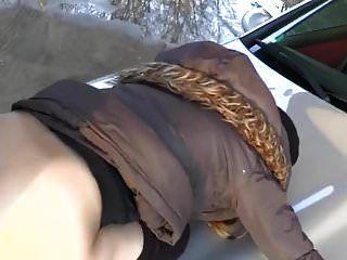 billige schnalle draussen auf dem benz durchgerammelt!