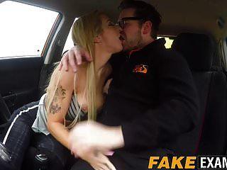 Busty Driving Student Skyler McKay in Arsch und Fotze gebohrt