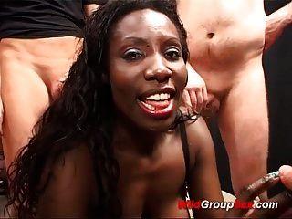 hot chocolade   babes erste grobe fick-orgie